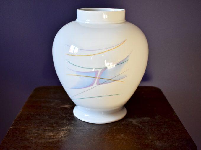 Prezent, dodatek do domu vintage wazon porcelanowy z efektem vintage.