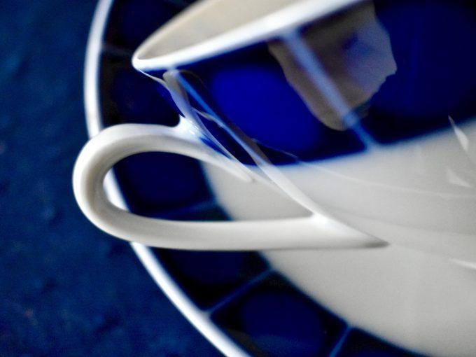porcelana biała kobalt vintage bulionówki naczunia na stół nakrycia