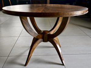 Drewniany stolik kawowy art deco