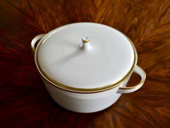Porcelanowe naczynie do zupy lub dania jednogarnkowego z wyjątkowej porcelany marki Hutschenreuther vintage.