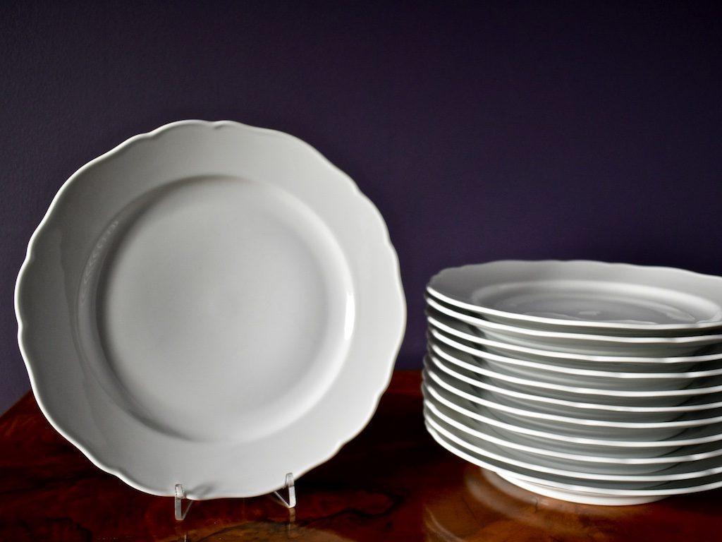 Komplet porcelanowych talerzy VINTAGE