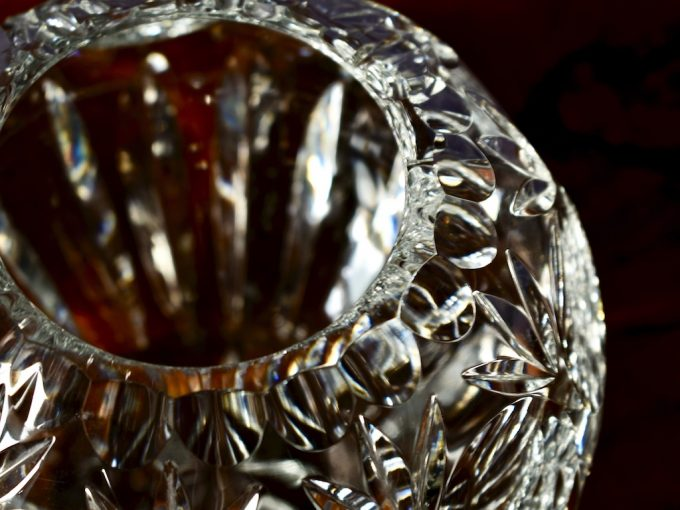 kryształowy wazon dekoracyjny kula