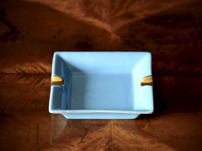 porcelanowa popielniczka