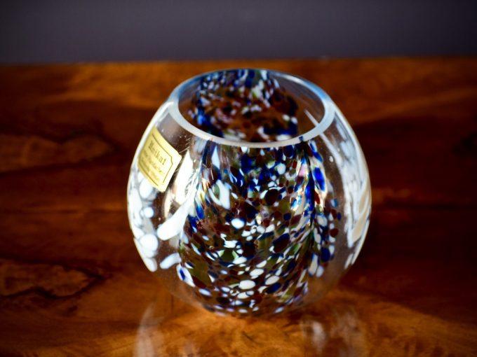 szklany wazon dekoracyjny