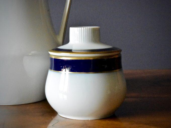 dzbanek i cukiernica porcelanowa