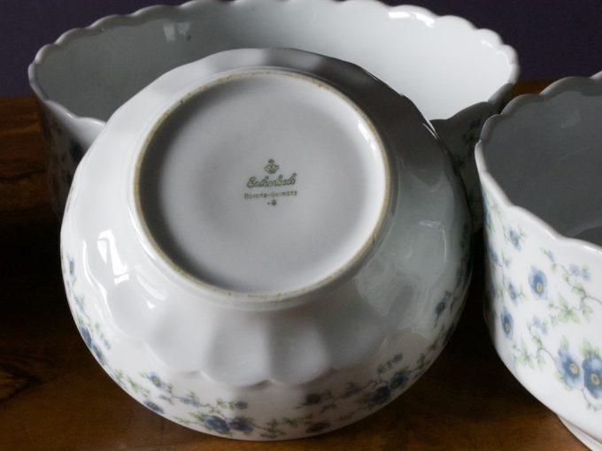 komplet porcelanowych misek i salaterek