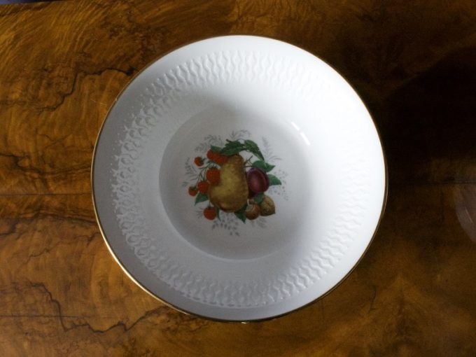 porcelanowy komplet salaterek