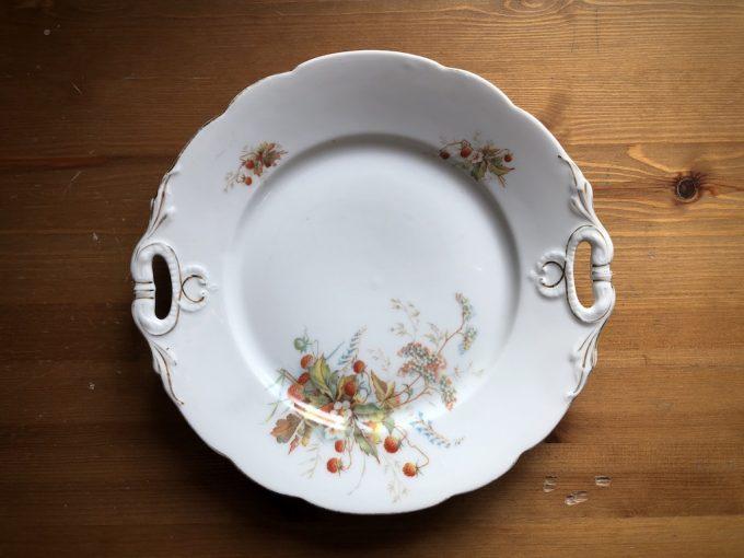dekoracyjny talerz porcelanowy