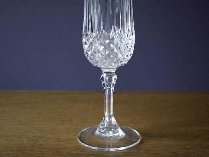 kryształowy kieliszek do szampana