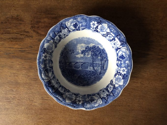 miska porcelanowa Palissy Pottery England