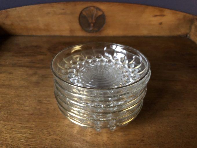 komplet szklanych miseczek ze złoceniem