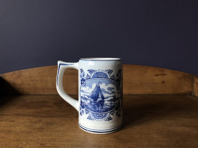 Fajansowy kufel Delft blue