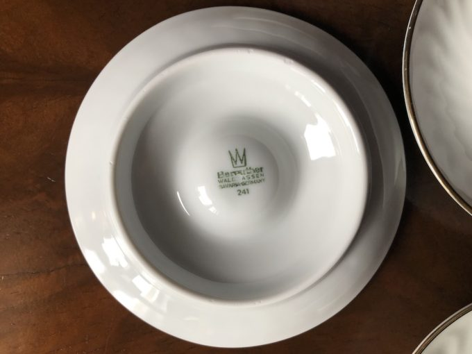 porcelanowe jajcarki